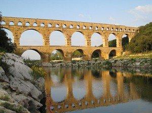Le Pont du Gard dans Billevesees & coquecigrues Pont-du-Gard-Pierre-071-300x224