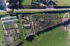 Jardin_permaculture_pédagogique_-1030x686